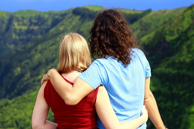 Couples PRIVATE Hybrid 4X4 Tour - Furnas (Inc Hot Springs and 3 Course Lunch)