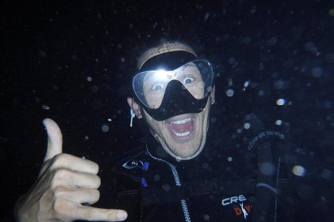 Scuba dive by NIGHT !!