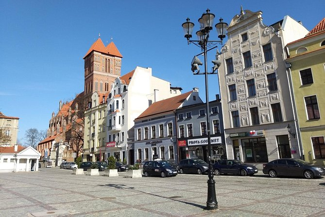 Nicolaus Copernicus Legacy: Private Tour from Warsaw to Torun + Polish Dinner