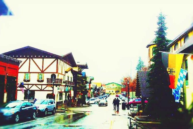 1-Day Snoqualmie Falls and Leavenworth Tour from Seattle SL1
