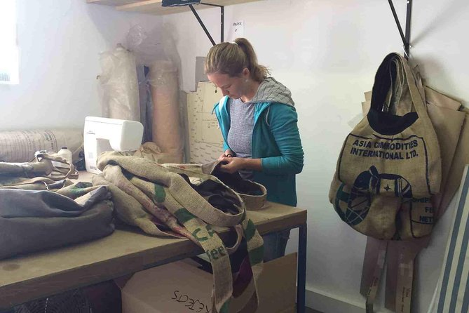 Seamstress Experience: Turn Cement Bag to Fashion Bag
