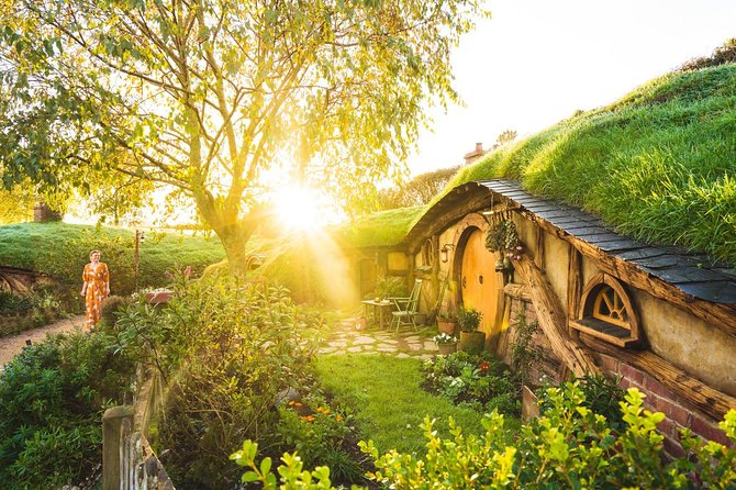 Hobbiton™ Movie Set Half Day Tour Including Transfers departs Rotorua