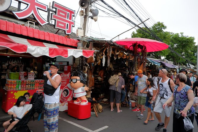 Private : Bangkok Weekend & Chatuchak Market Day Tour