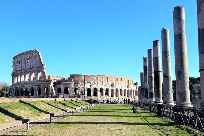 Rome from and to Civitavecchia Port: Colosseum & Vatican, lunch and car included