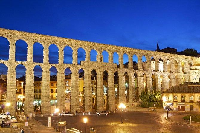 Ávila and Segovia from Madrid F009