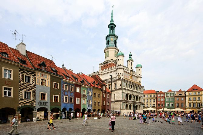 Poznan: Old Town Highlights Private Walking Tour