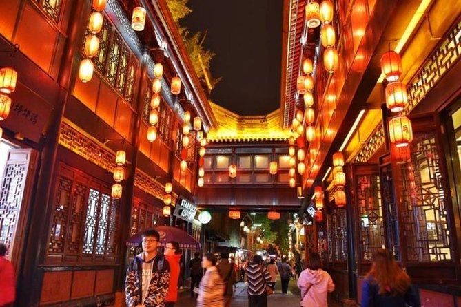 evening walk through Jin Li street + Taikoo Li
