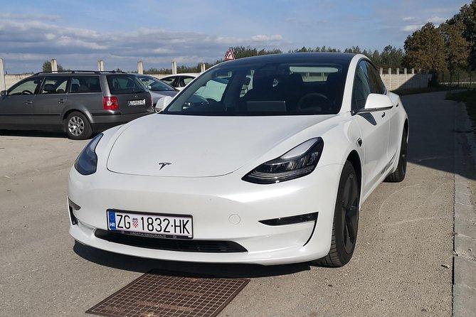 Zagreb sightseeing in Tesla