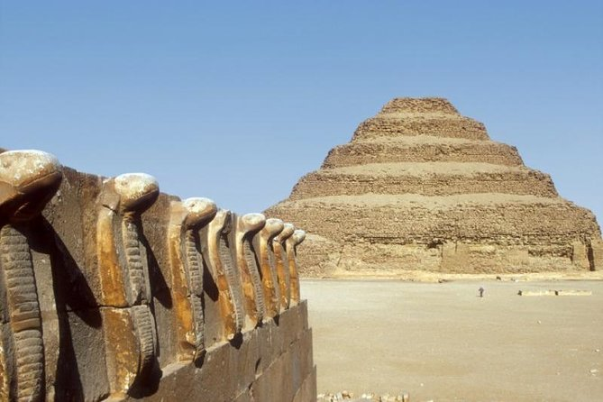 8-Hour Tour to Giza Pyramids and Egyptian Museum from Cairo including Camel Ride
