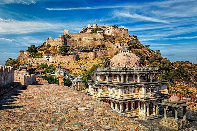 Udaipur To Jodhpur Drop With Stop at Kumbhalgarh Fort & Ranakpur Jain Temple