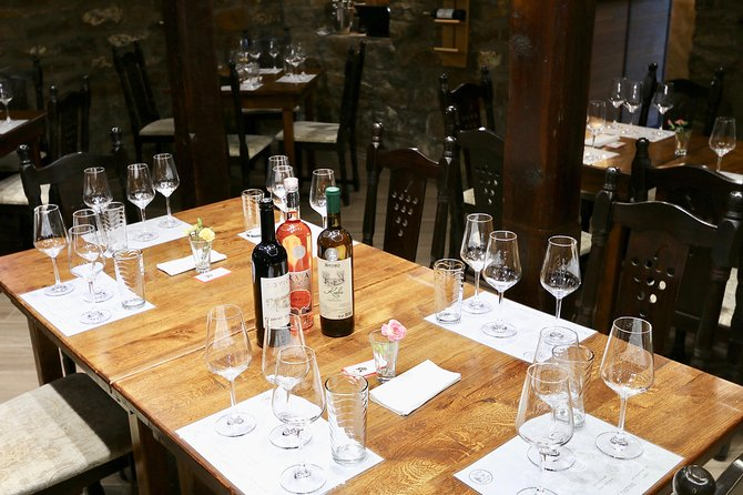 Tasting of 3 Wines + Special Selection of Appetisers