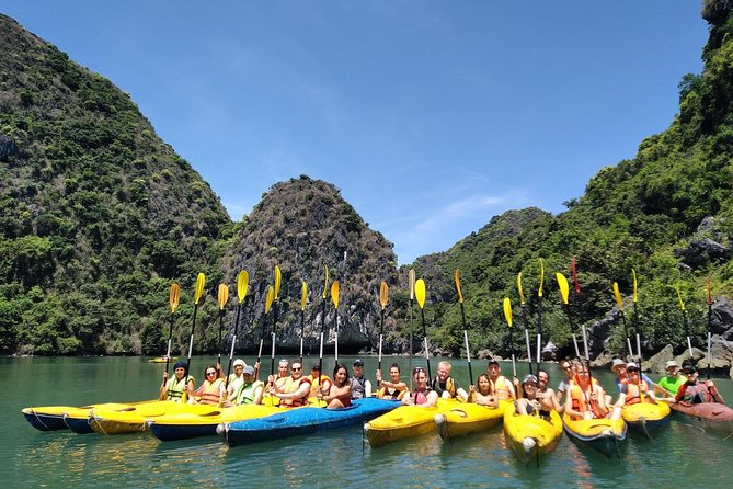 From Cat Ba: Full-Day Cruise to Lan Ha bay, Ha Long Bay and Monkey Island