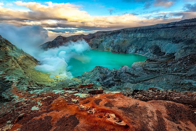 Ijen Blue Fire Sharing Tour from Banyuwangi