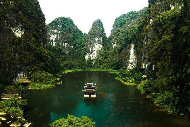 Ninh Binh: Deluxe Bai Dinh Trang An Mua Cave Small Group - Limousine Transfer