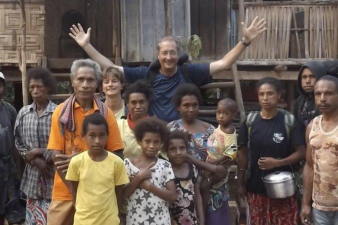 Private Tour: Overnight Sogeri Jungle Village Trip