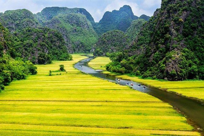 Ninh Binh Excursion: Hoa Lu - Tam Coc with Boat Trip, Temple, Biking, Lunch