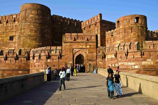 Full Day Agra Trip with Lunch By Car from Delhi