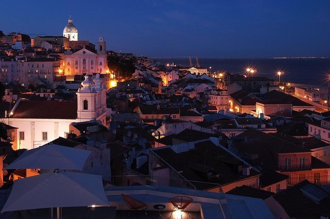 Old Lisbon Fado Experience with Alfama Walking Tour