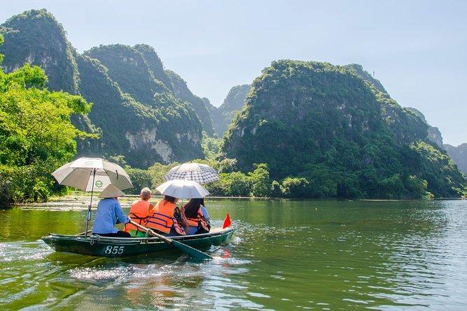 Luxury Trang An- Hoa Lư- Local Family-Cycling -Cooking Class -Limousine Transfer