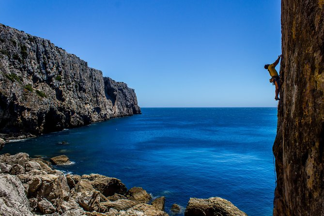 Climbing Week in Portugal with Villa