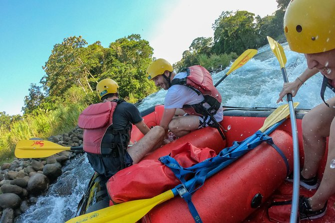 Costa Rica Rafting - Klasse II-III Nyd floden!
