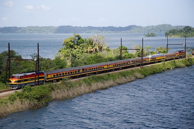 Panama Canal Railway and Agua Clara Locks Tour