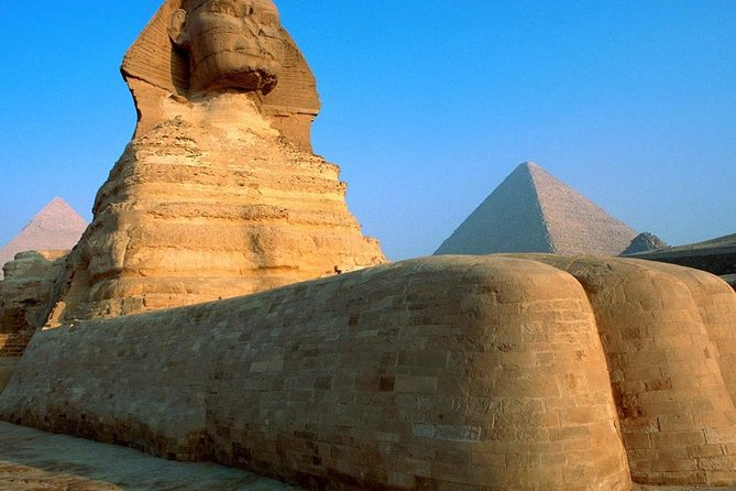 Sightseeing Tour of Pyramids, Egyptian Museum and Bazaar from Giza or Cairo