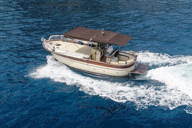 Positano private boat tour (7/8 hours) from Sorrento