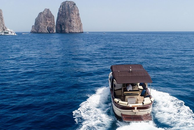 Capri and Amalfi private boat tour (7/8 hours) from Positano