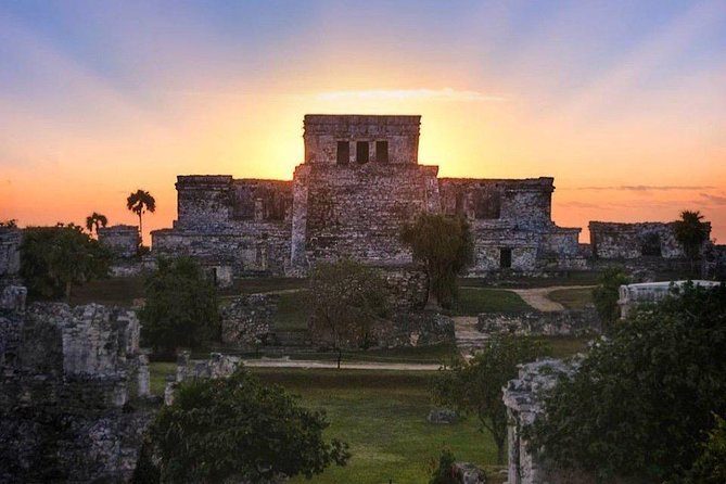 Sunrise or Sunset in Tulum from Tulum