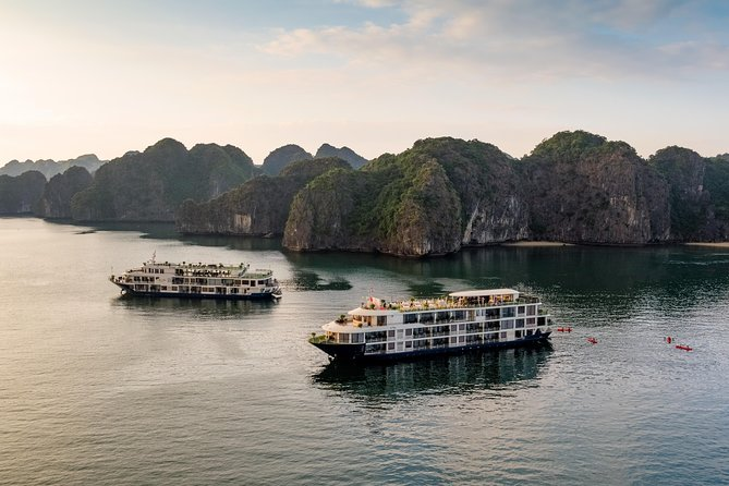 Mon Chéri Cruise 5 Sterne: Einzigartige 2 Tage Halong Bucht & Insel Cat Ba