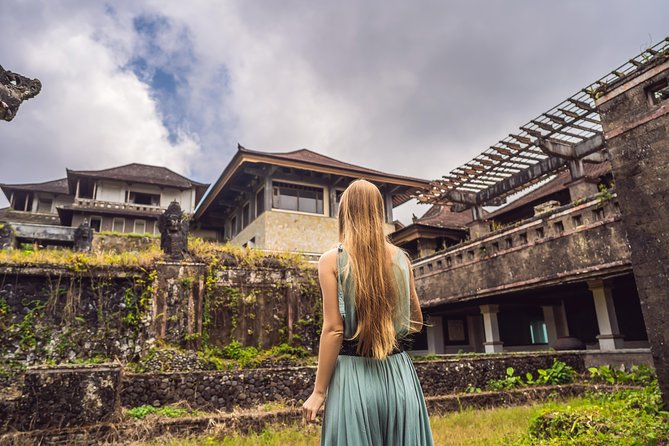 Bali Ghost Tour: The Biggest Abandoned Hotel in Bali