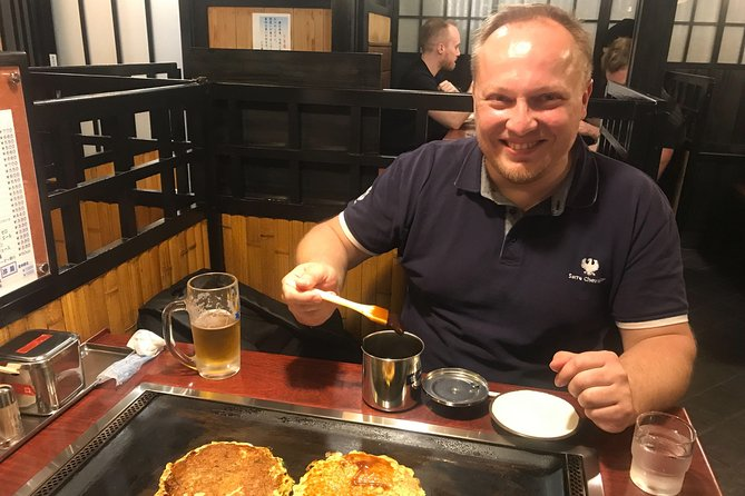 Local Food Tour with Expert Guide in Downtown Kyoto