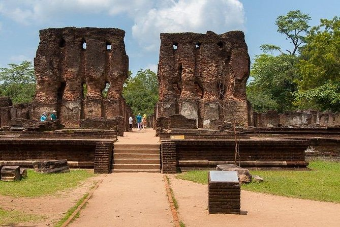 Explore the Ancient City of Polonnaruwa photo 12