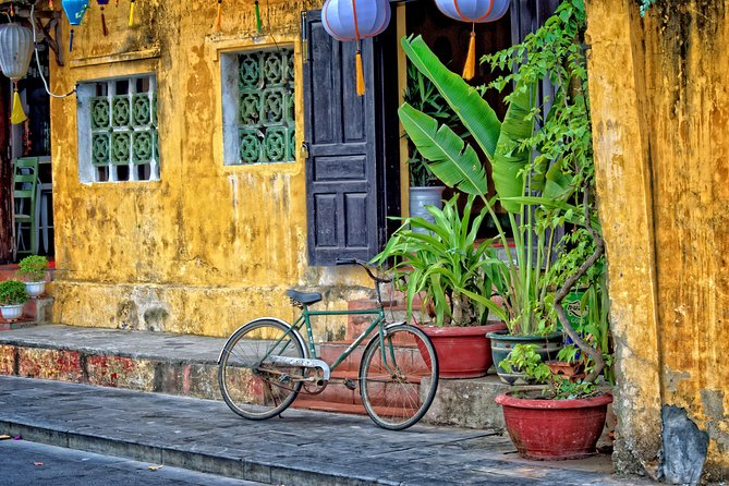 Half Day Explore Hoi An City by Walking and Foot Massage