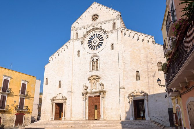 Self-guided Discovery Walk in Bari: the local secrets of the Old Town