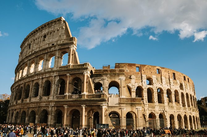 Skip-the-Line Private Tour of Colosseum & Roman Forum with Hotel Pickup