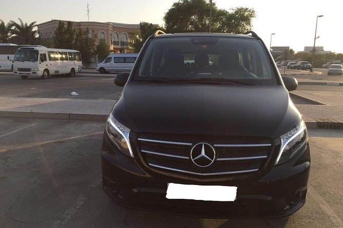 Departure Private Transfer Dubai City to Dubai Airport DXB by Luxury Van photo 1