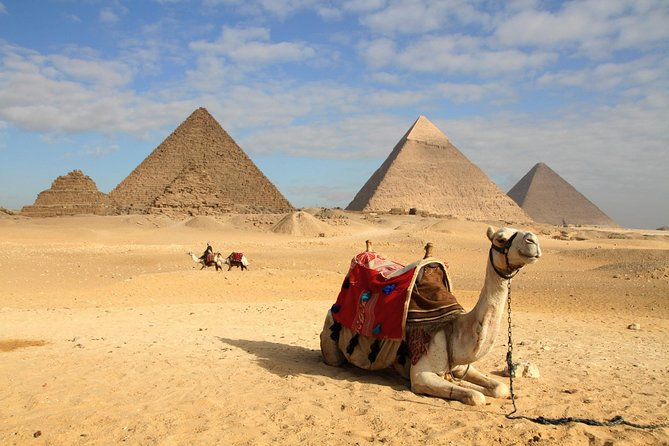 Private Half-Day Trip to Giza Pyramids and Sphinx