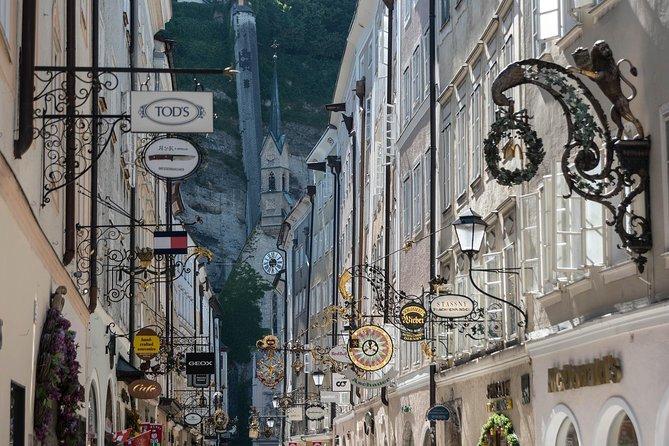 Vienna → Salzburg - 2h of Sightseeing - Comfortable Premium Car Private Transfer