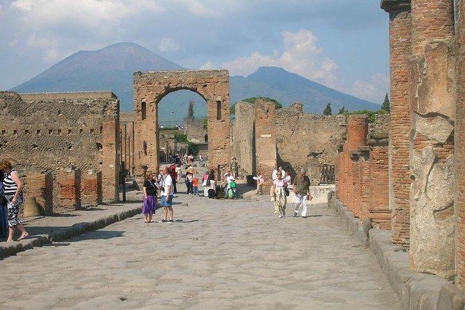 Full-Day Pompeii and Amalfi Coast from Rome