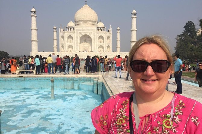 Day tour to Taj Mahal & Agra fort from Delhi,5 star hotel lunch included . photo 76