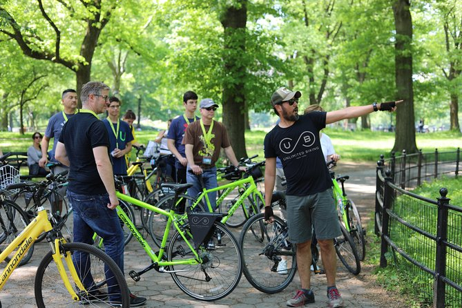 Central Park Highlights Small-Group Bike Tour