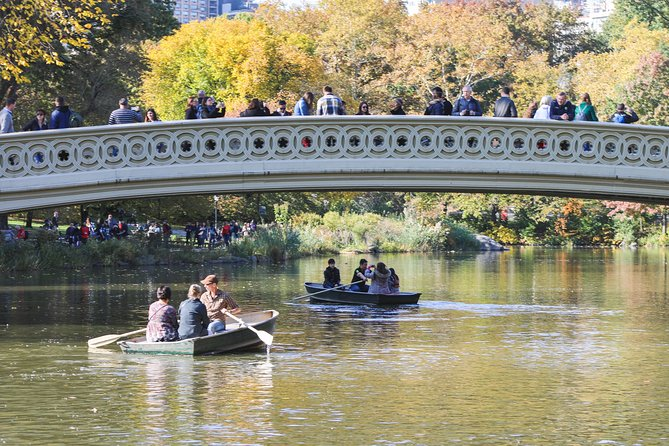 Central Park Date: Rowboating in Central Park with Full Day Bike Rentals