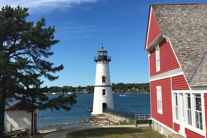 The Ultimate Heart of 1000 Islands Sightseeing Boat Tour