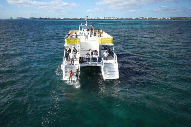 Catamaran Isla mujeres Unlimited from Playa del carmen