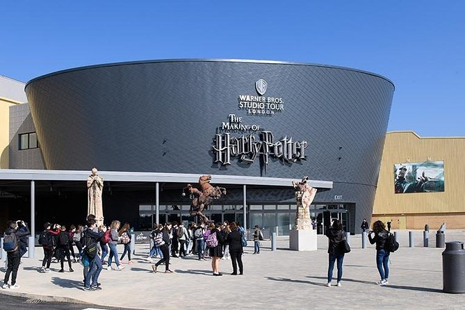Privately guided day trip by Train from London to WBStudio Tour