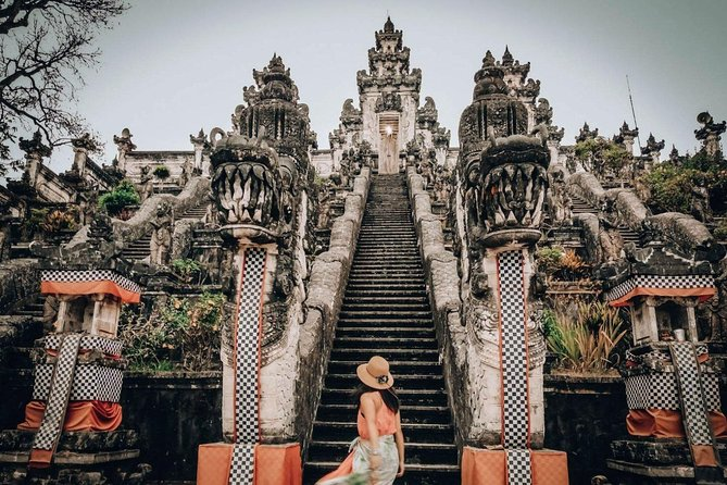 Instagram Tour : Gates Of Heaven Bali at Lempuyang Temple