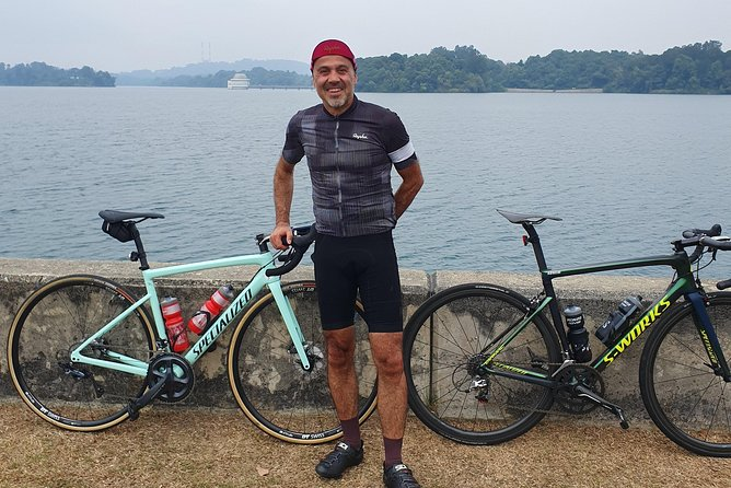Road biking Tour - Singapore. 3 hour ride. (bike rental separate)