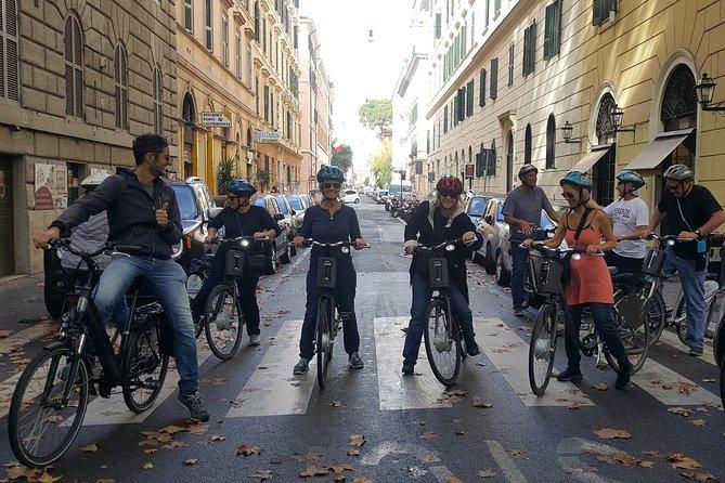 Rome Bicycle City Center Tour minimum 4 people